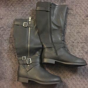 Torrid Black Wide Knee Boots. Size 10W